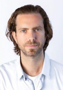 DR CHRIS ROGAN
